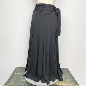 Soft Surroundings black stretch knit maxi skirt M
